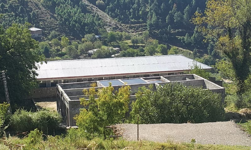 A school without a roof in Pehlwan village, near Abbottabad | Photos by the writer
