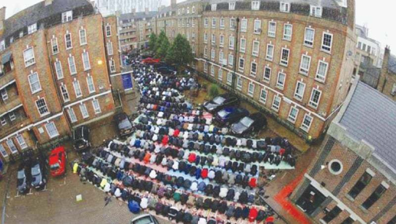 Muslims offer Friday prayers in East London | Reuters