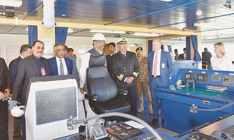 PRIME Minister Shahid Khaqan Abbasi visiting the LNG terminal.—INP