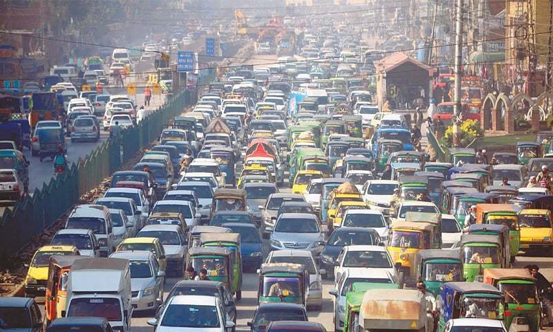 Traffic mess in Peshawar due to work on BRT project. — INP