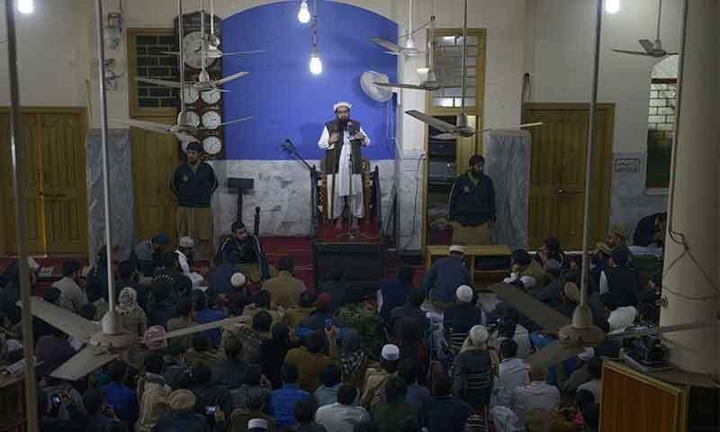 Hafiz Saeed delivers the Friday sermon at the Jamia Masjid Al Qadsia. Photo:AFP