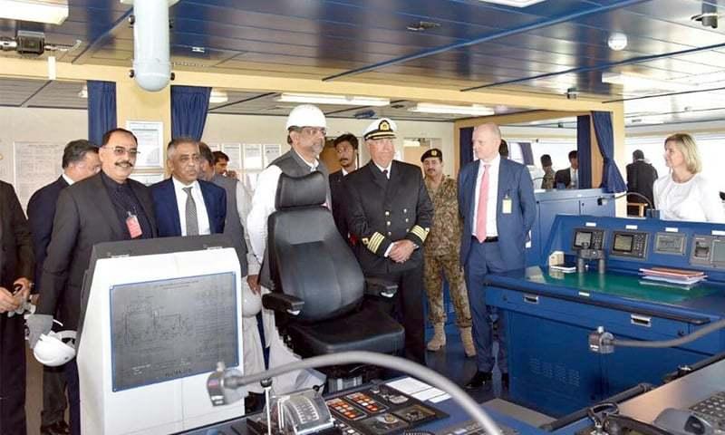 Prime Minister Shahid Khaqan Abbasi inaugurated the second liquefied natural gas (LNG) re-gasification terminal at Port Qasim on Nov 20.—Dawn