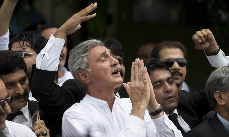 Jehangir Tareen celebrates the dismissal of Pakistani Prime Minister Nawaz Sharif outside the Supreme Court in Islamabad, on Friday, July 28, 2017. Pakistan's Supreme Court on December 15, 2017 disqualified Tareen from holding public office. Photo: AP/File