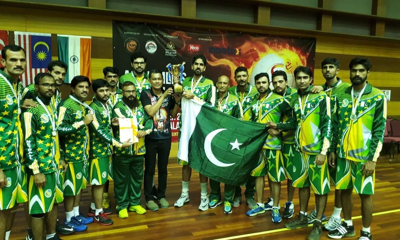 Team Pakistan poses after bagging the silver medal in Asian Men's Netball Championship. —Photo courtesy Pakistan Netball Federation