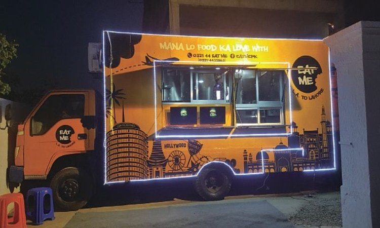 Burgers From This Food Truck In Lahore Are An Unexpected Delight