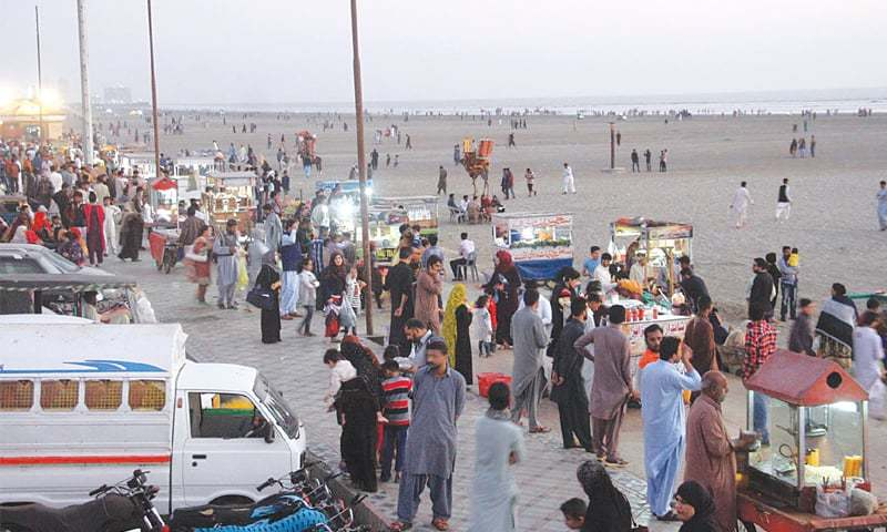 PEOPLE thronged Seaview beach on Sunday afternoon after the chief minister ordered the removal of barriers on the roads leading to the beach.—PPI