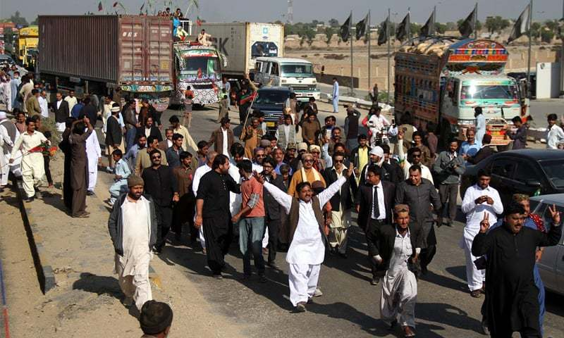 Sugarcane growers in Hyderabad rally on Wednesday against refusal of mills to pay the notified price for their crop. Rallies of this sort have swept towns across Sindh, reaching Karachi in recent days where they have been joined by the PTI as well.
