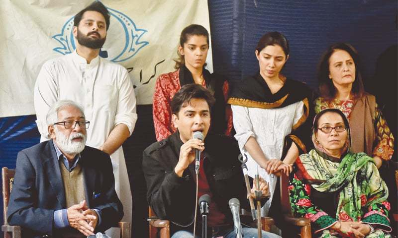 SINGER Shehzad Roy speaks to reporters at the Karachi Press Club on Thursday. Artists and social activists pledged to spread awareness among children so that no other child goes through what Zainab Amin had to in Kasur.—Fahim Siddiqi / White Star