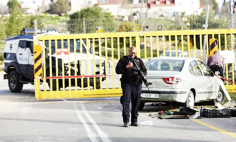 Palestinian shot dead after stabbing Israeli security guard