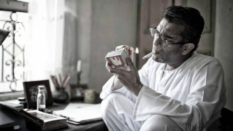 The drama starts with Manto in an asylum after partition