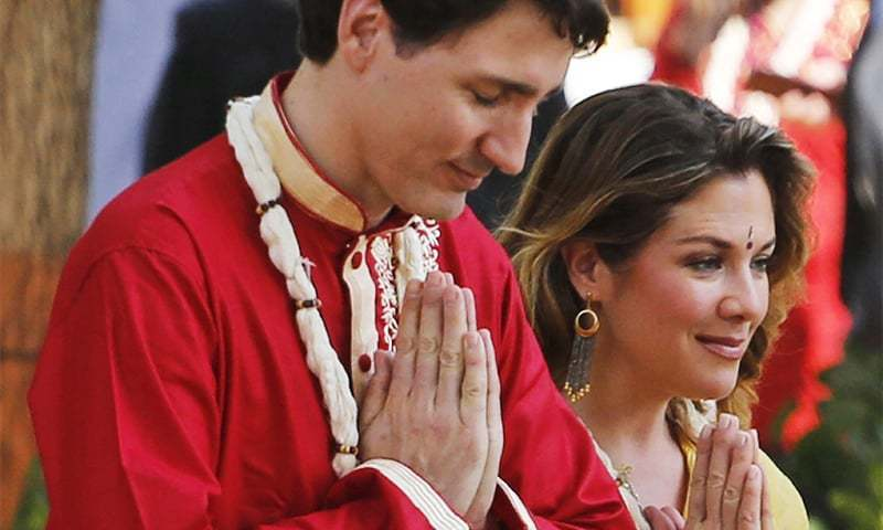 Canadian Prime Minister Justin Trudeau along with his wife, Sophie, prays at the Sabarmati Mahatma Gandhi Ashram in Ahmadabad, India, on Monday, Feb 19, 2018. ─ AP