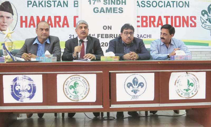 KARACHI: Secretary Sports and Youth Affairs Sindh Dr Niaz Ali Abbasi addresses a press conference to announce the dates and details of the 17th Sindh Games here on Wednesday. Director Sports Shahzad Pervez, Chief Engineer Aslam Mahar and Chairman Media Committee Asif Azeem are also seen.