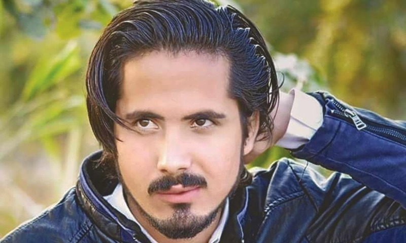 نقیب اللہ محسود کے دوست منال خان کو کراچی میں فائرنگ کرکے قتل کیا گیا تھا — فائل فوٹو