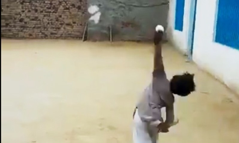 Cricket prodigy goes viral with Akram-like bowling skills