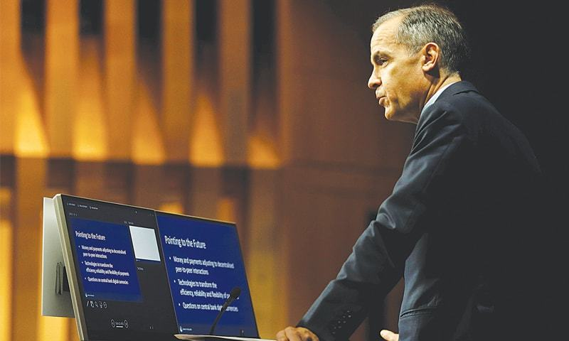 Top economist calls for cryptocurrency regulation