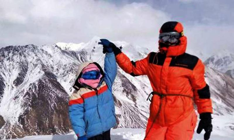 Selena Khawaja with her father Yousaf Khawaja at the top of the 5,000-metre-high Quz Sar peak. Photo courtesy: Selena Khawaja/Gulf News