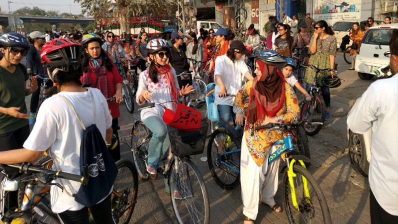 The event encourages women in Lahore, Karachi and Islamabad to challenge the dominant mindset that it is inappropriate for a woman to exercise her freedom of mobility. Photo credit: