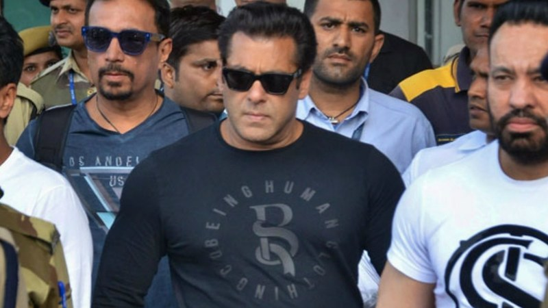 Salman Khan arrives at the airport in Jodhpur on April 4, 2018. --Photo courtesy: One India