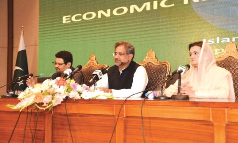 Flanked by Minister of State for Information and Broadcasting Marriyum Aurangzeb and Adviser on Economic Affairs Dr Miftah Ismail, Prime Minister Shahid Khaqan Abbasi on Thursday makes the most critical announcement of his brief tenure.—Online