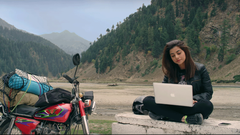 In the latest music release, we see Sohai Abro as Zenith Irfan learning to ride a bike and planning her trip.