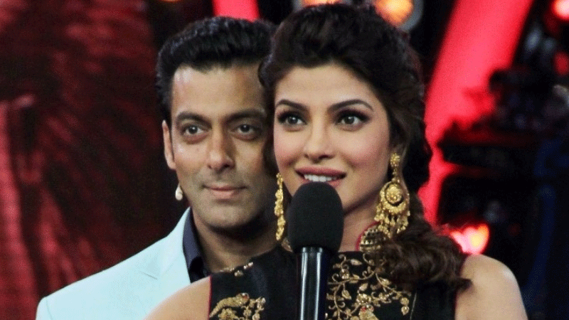 Salman Khan welcomes Priyanka Chopra to 'Bharat' team