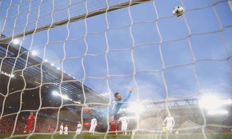نتيجة بحث الصور عن salah first goal roma