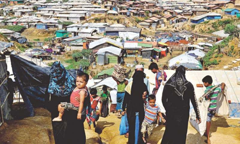 SHANTIES as far as the eye can see in Kutupalong Rohingya camp in Ukhia of Cox's Bazar.—The Daily Star