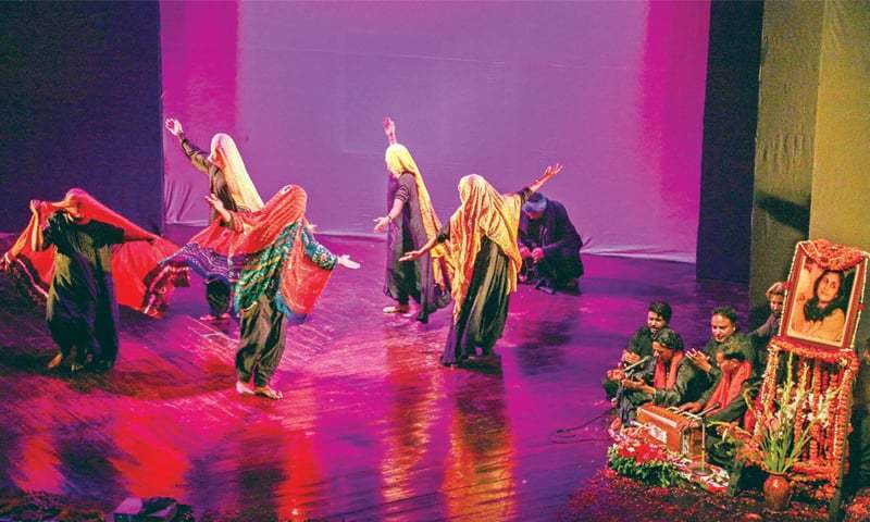 Artistes perform to pay a tribute to Ajoka Theatre founder Madeeha Gauhar at Alhamra Art Centre. — White Star