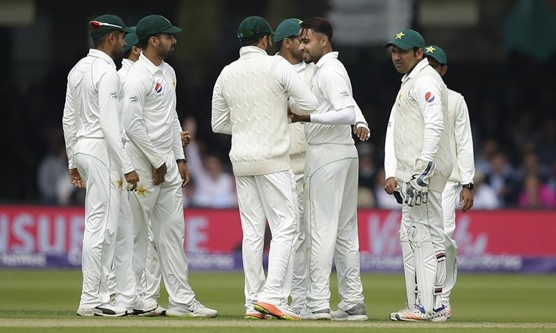 ICC tells Pakistani players not to wear smartwatches during play