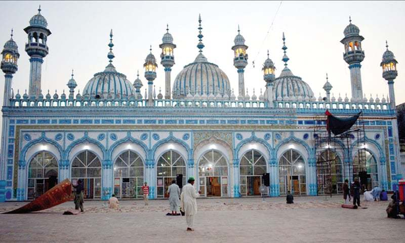 View of the Central Jamia Masjid in Rawalpindi. — White Star