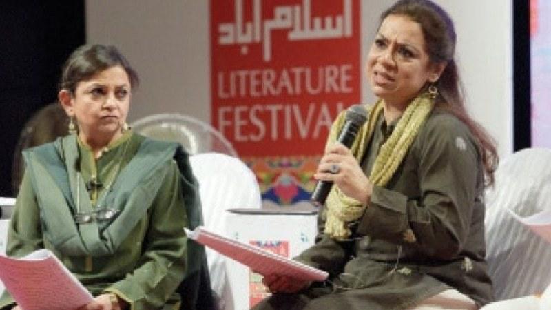 Mahvash with Zambeel Dramatic Readings co-founder Asma Mundrawala at Karachi Literature Festival