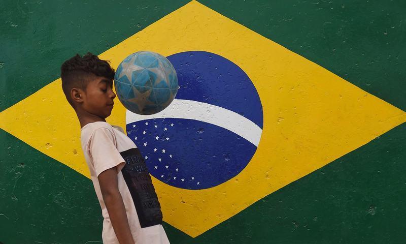 لیاری میں فٹ بال ورلڈ کپ کا جوش و خروش