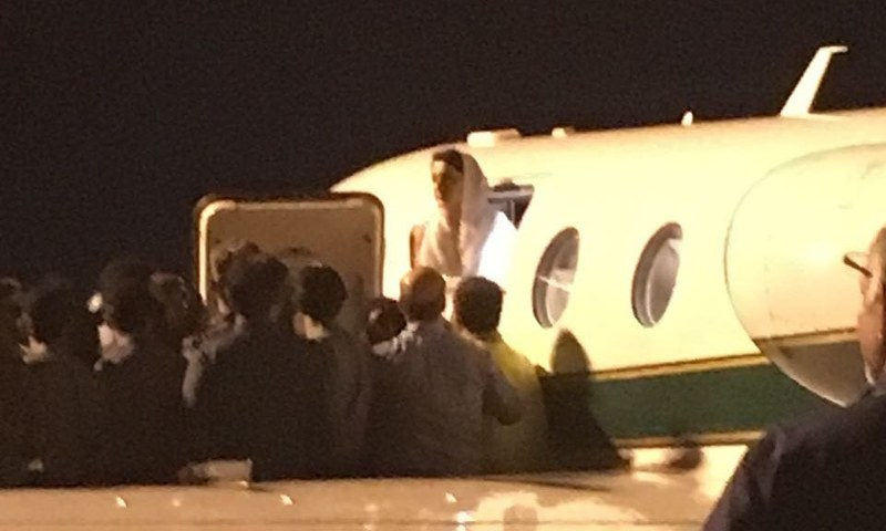 Maryam Nawaz looks out from the chartered plane that flew her and Nawaz Sharif from Lahore to Islamabad. Photo: Zahrah Mazhar