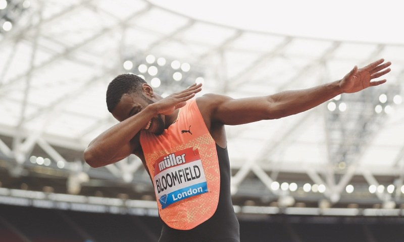 LONDON: Akeem Bloomfield of Jamaica celebrates after winning the men's 200-metre title at the IAAF Diamond League at London Stadium.—AP