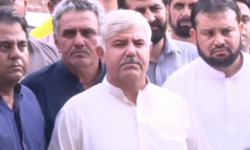 Newly-elected CM KP Mahmood Khan (center).