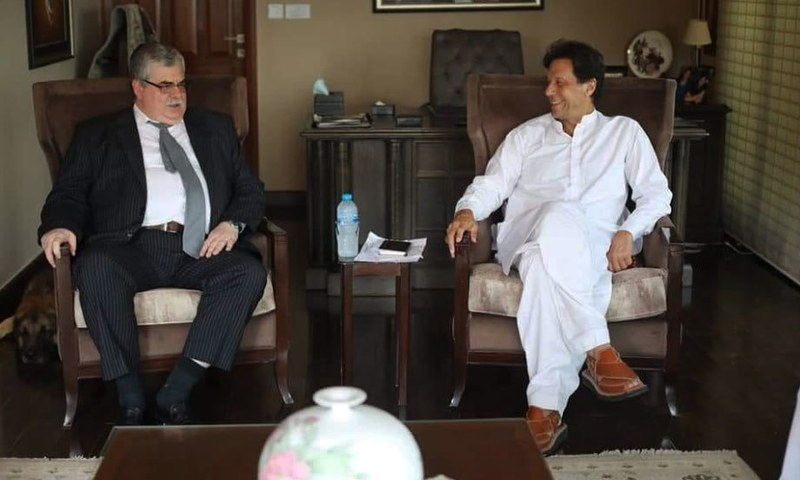 Russia Ambassador  Alexey Yurievich Dedov with Pakistan Tehreek-i-Insaf Chairman Imran Khan — Photo Courtesy: PTI media cell