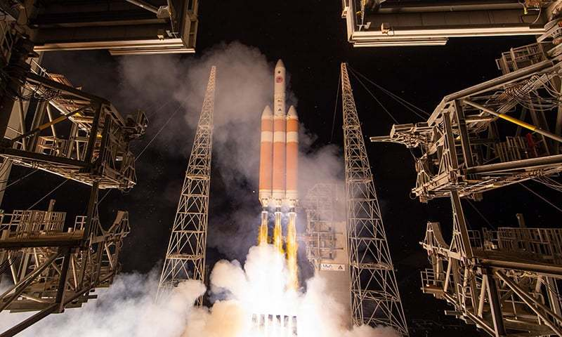 NASA launches first mission to 'touch Sun'