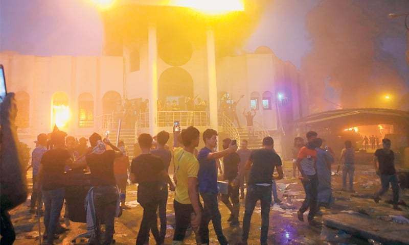 Protesters in Basra Storm Iranian Consulate as Deadly Demonstrations Rage