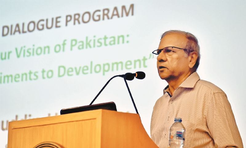 Dr Bengali speaks to the audience at the session on Wednesday.—White Star