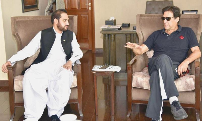 ISLAMABAD: Balochistan Assembly Speaker Abdul Qudoos Bizenjo calls on Prime Minister Imran Khan at his Banigala residence on Saturday.—INP