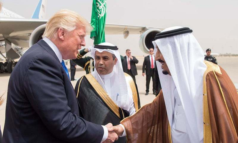 King Salman bin Abdulaziz Al Saud shakes hands with US President Donald Trump during a reception ceremony upon the president's first trip abroad. ─ Reuters/File