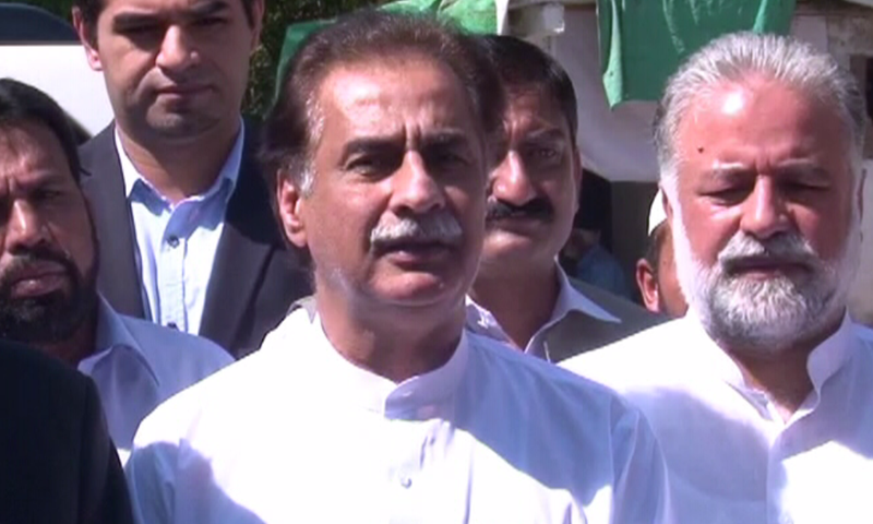 Ayaz Sadiq speaks to the media following his meeting with the NA speaker. — DawnNewsTV