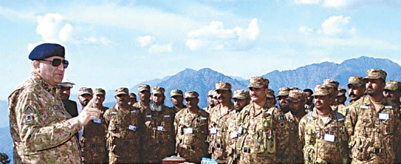 Chief of the Army Staff General Qamar Javed Bajwa speaks to troops during his visit on Thursday.—APP
