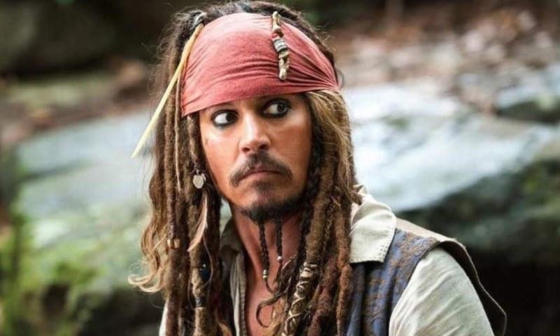 سیریز کی پہلی پانچوں فلموں میں جونی ڈیپ نے جیک اسپیرو کا کردار ادا کیا—اسکرین شاٹ