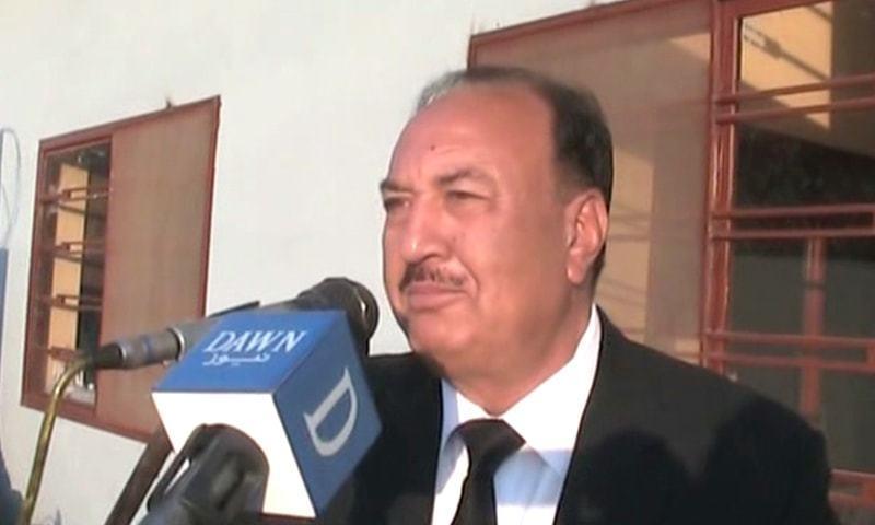Chaudhry Mehmood Akhtar speaking to the media. —DawnNewsTV