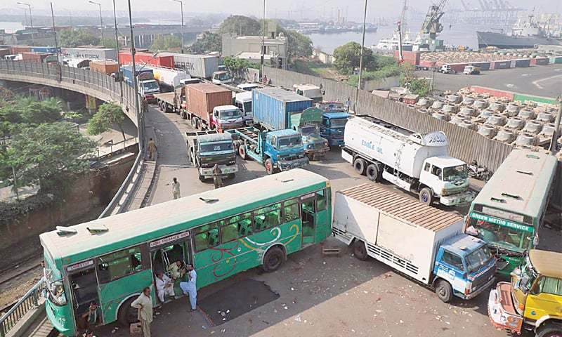KARACHI: Main Port Road is blocked owing to the protests against the acquittal of Aasia Bibi in the  blasphemy case.—Online