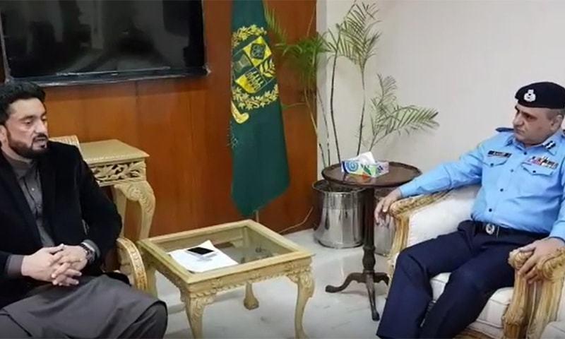 Minister of State for Interior Shehryar Afridi calls on the newly appointed Islamabad police chief Muhammad Amir Zulfiqar. ─ DawnNewsTV