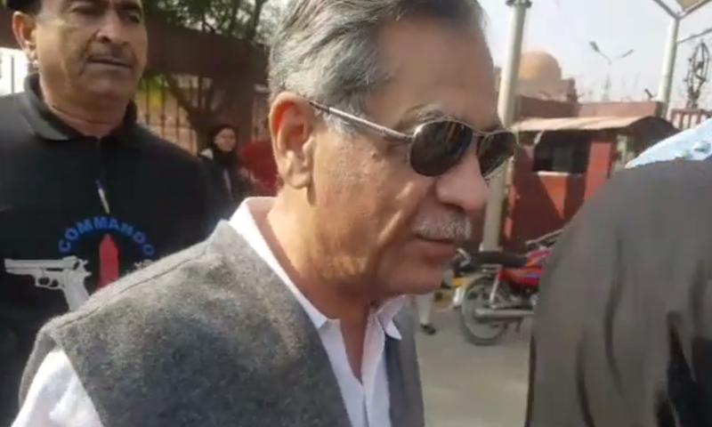 Chief Justice of Pakistan Mian Saqib Nisar leaves the Rawalpindi Institute of Cardiology after an angioplasty. — DawnNewsTV