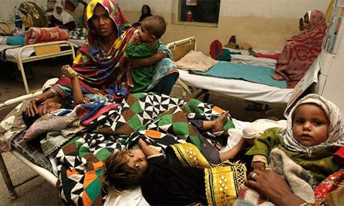 SC bench orders an independent inquiry to determine if Sindh govt is taking enough measures to deal with Thar crisis. — File photo