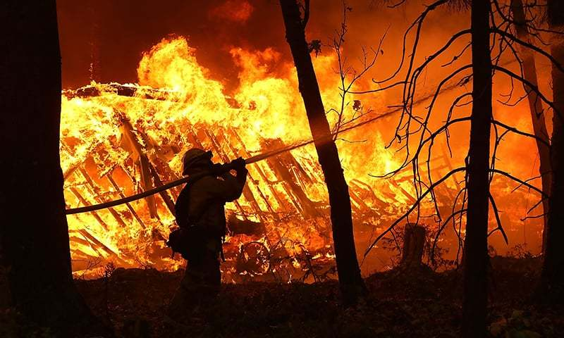 Nine dead as California fires continue to rage
